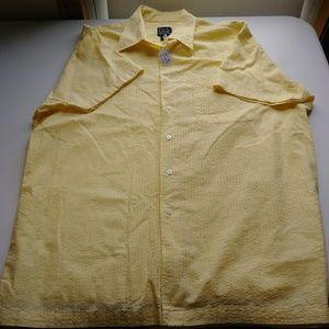 Jos A Bank Large Short Sleeve Shirt